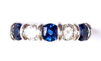 Antique SAPPHIRE AND DIAMOND FIVE-STONE RING