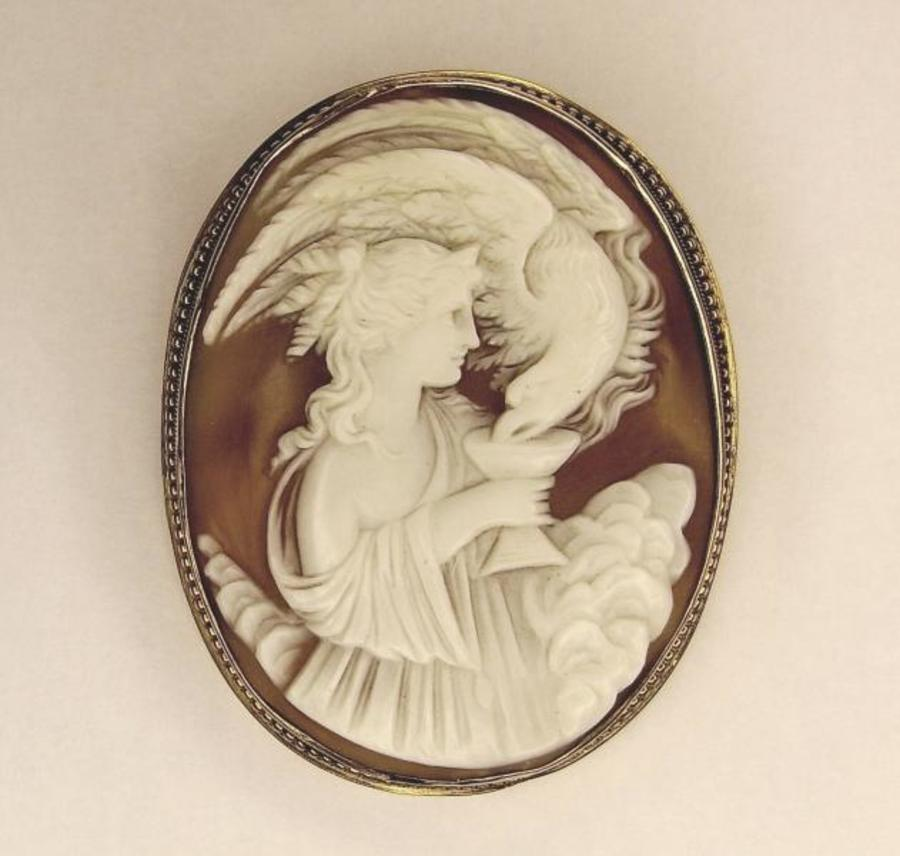SHELL CAMEO OF HEBE