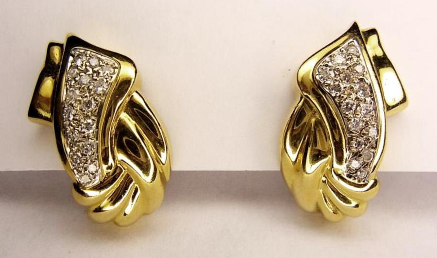 RETRO DIAMOND AND GOLD EARCLIPS