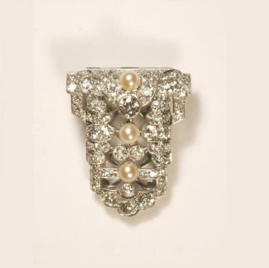 DECO PEARL AND DIAMOND CLIP