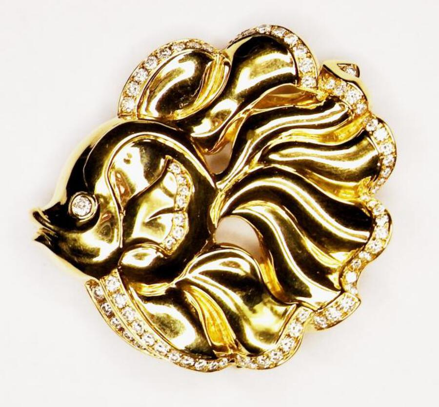 VAN CLEEF & ARPELS FISHY BROOCH