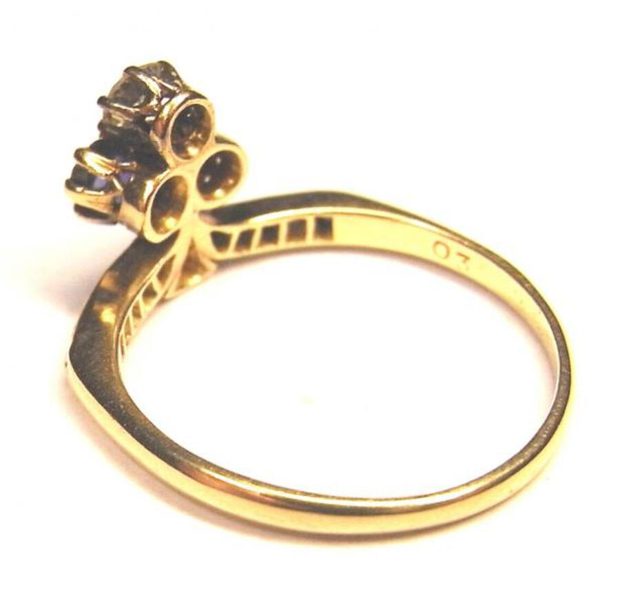Antique EDWARDIAN TREFOIL OR ACE OF CLUBS RING