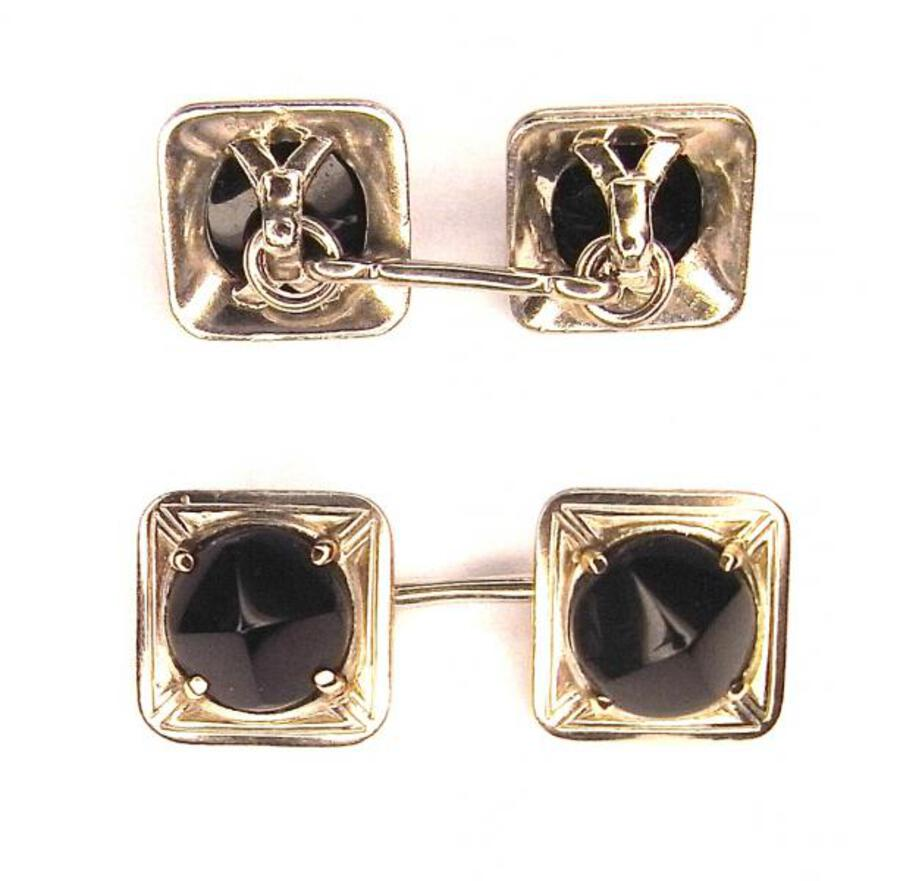 ART DECO PLATINUM AND ONYX CUFF LINKS