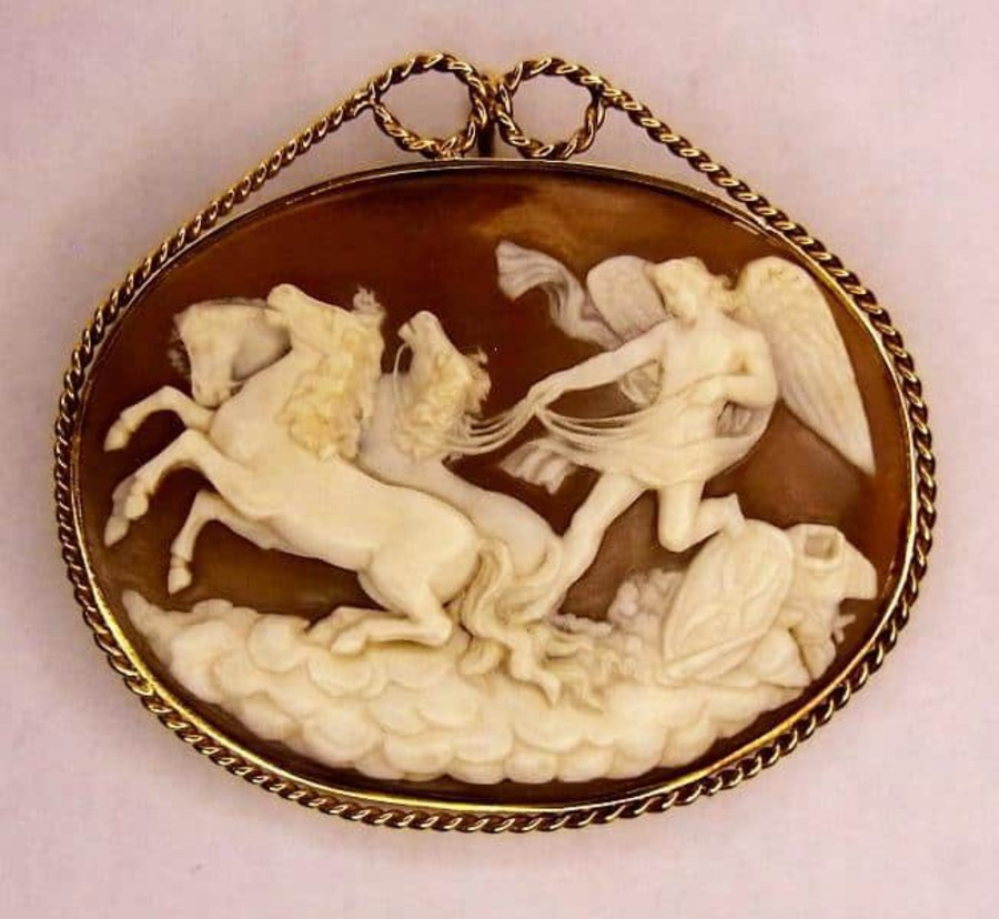Antique SHELL CAMEO OF PHAETON