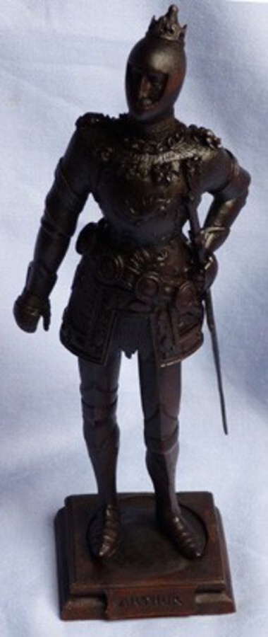 "Superb 19th Century Carved Wooden Knightly Figure – ""Arthur"""
