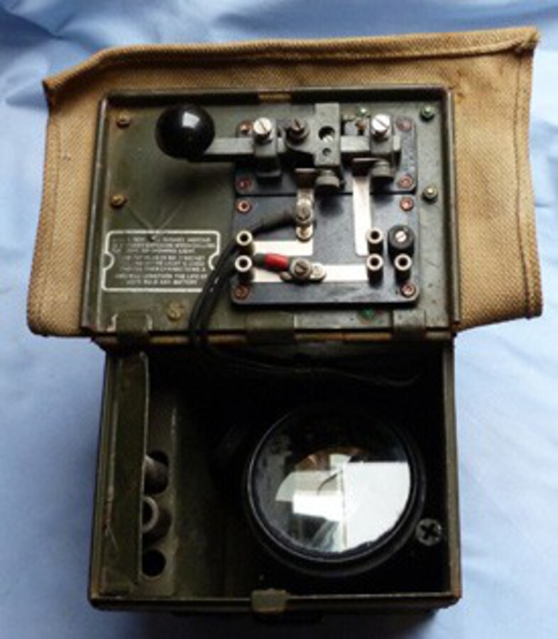 WW2 British Army Morse Code Signalling Field Set