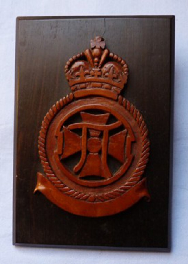 Antique WW1 Royal Flying Corps/RAF 22nd Squadron Carved Wooden Plaque