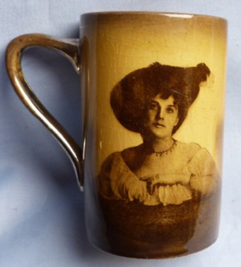 C.1900's British Mug – Music Hall Theme – Actresses