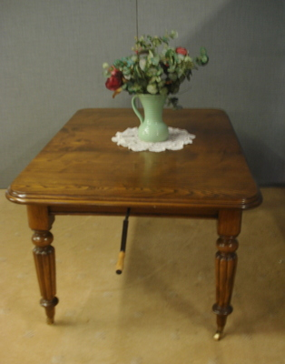 Antique EXTENDING TABLE  AS  326