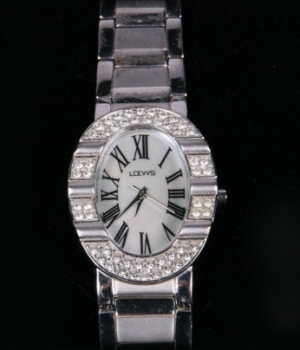 Antique 1970s Loews Ladies watch