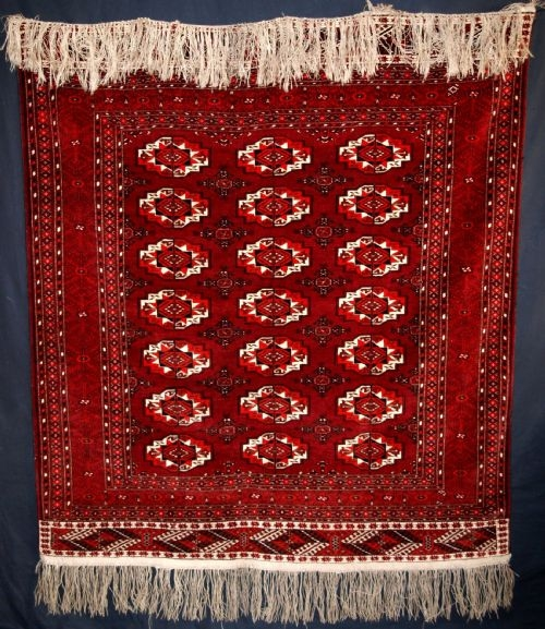 Antique ANTIQUE TEKKE TURKMEN RUG, PERFECT CONDITION, CIRCA 1920.