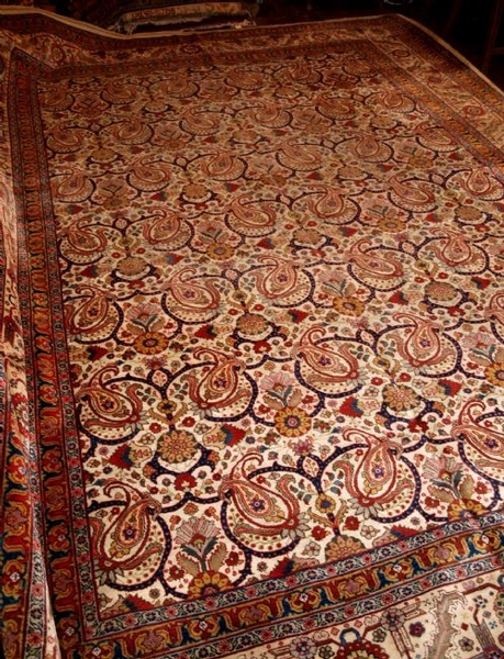 Antique ANTIQUE PERSIAN TABRIZ CARPET, SUPERB DESIGN, CIRCA 1900