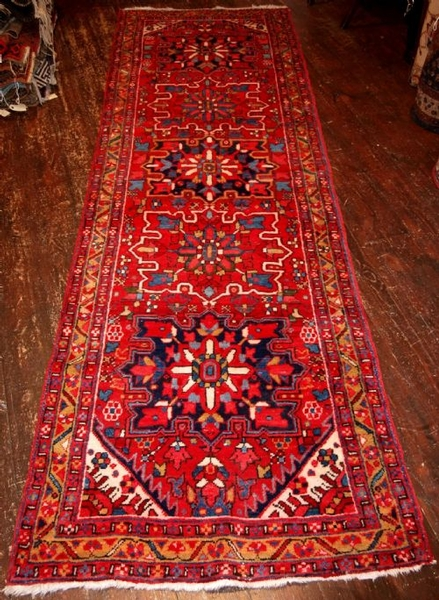Antique OLD PERSIAN HERIZ RUNNER, TRADITIONAL DESIGN, CIRCA 1950