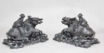 Antique A pair of 20th Century Chinese wood carvings