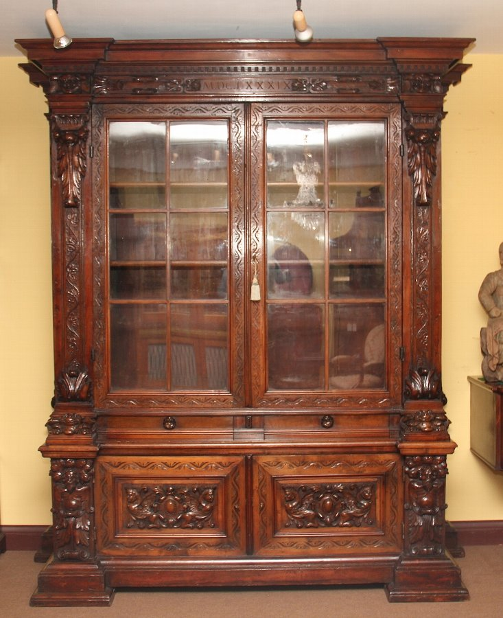 19th Century walnut bookcase / cabinet