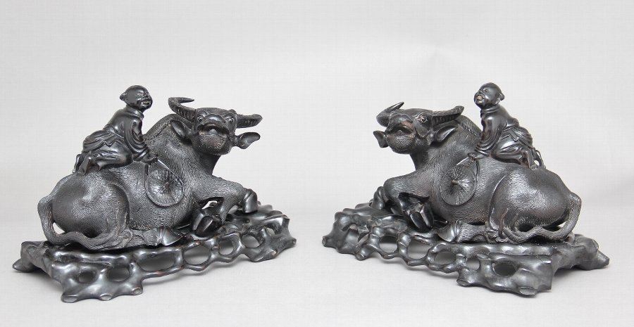 A pair of 20th Century Chinese wood carvings