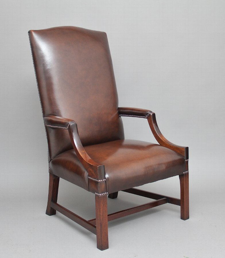 Early 20th Century mahogany library chair