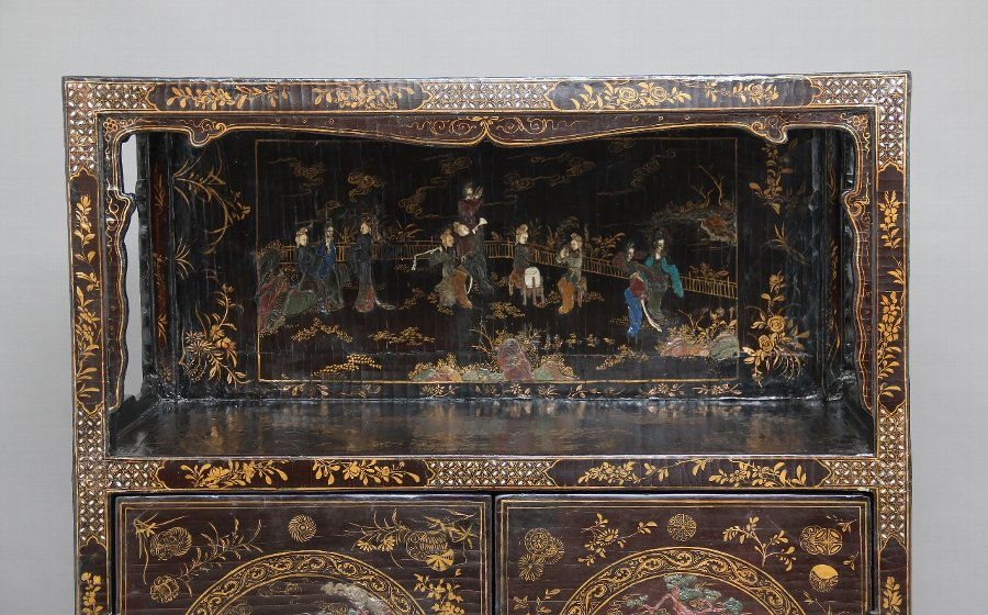 Antique Early 19th Century Chinese lacquered and hardstone inlaid cabinet