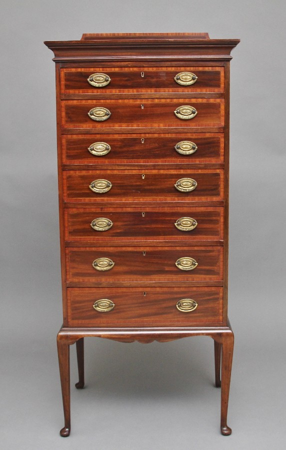 Early 20th Century mahogany chest of drawers