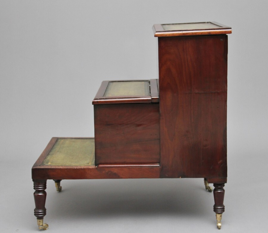 Antique 19th Century mahogany library steps