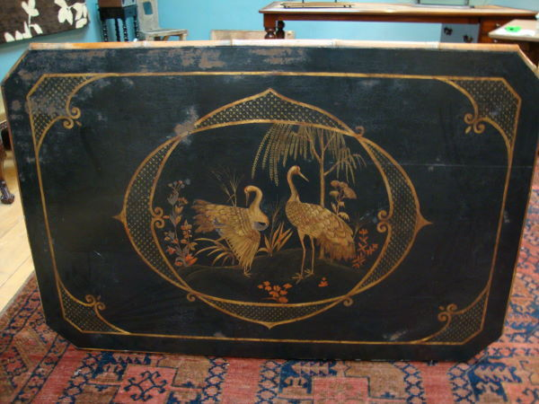 A CHINOISERIE DINING TABLE