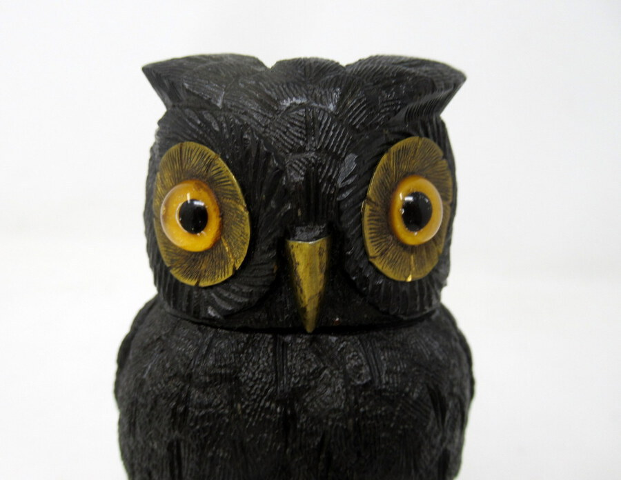 Antique Irish Bog Oak Hand Carved Wooden Owl poss. by Cornelius Goggin Dublin Ireland