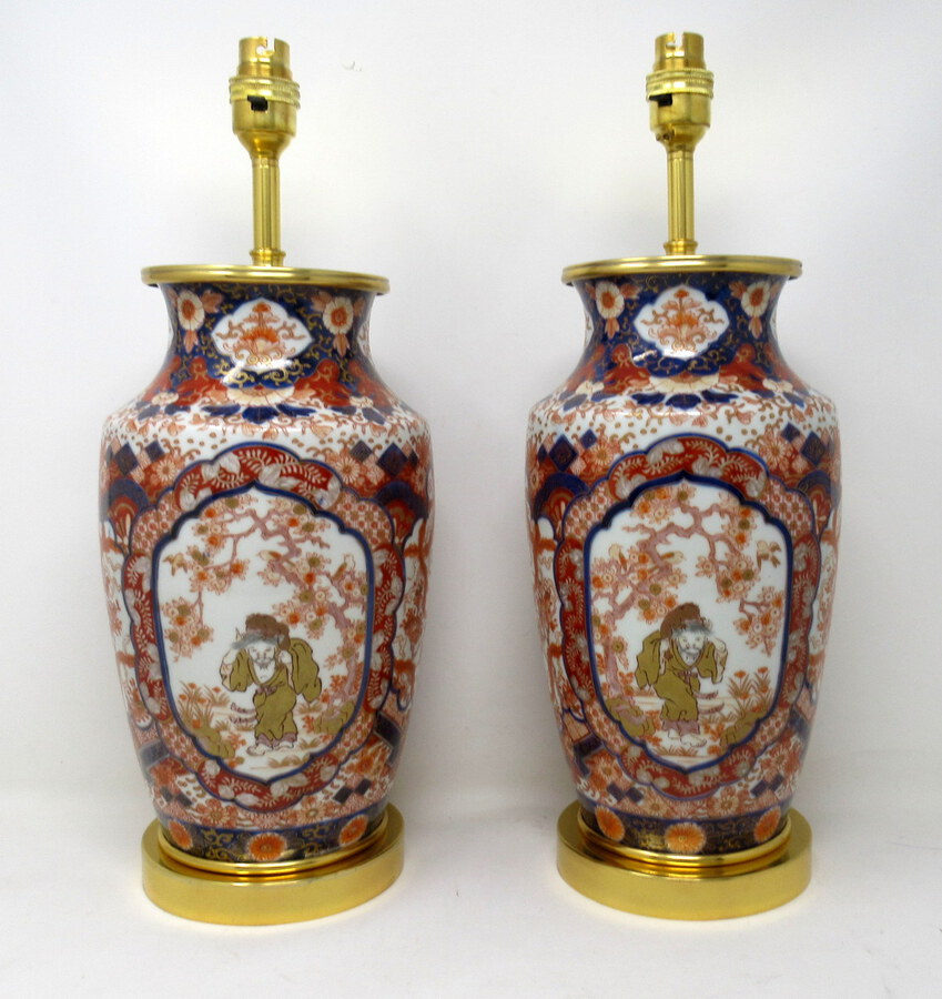 Antique Antique Vintage Pair of Japanese Imari Porcelain Ormolu Lamps Cobalt Blue Red
