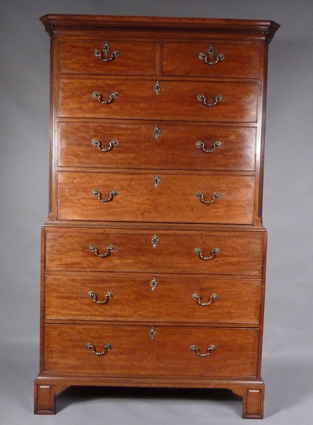 Antique Antique Georgian Mahogany Chest on Chest