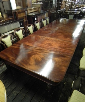 Antique George IV Mahogany Dining Table