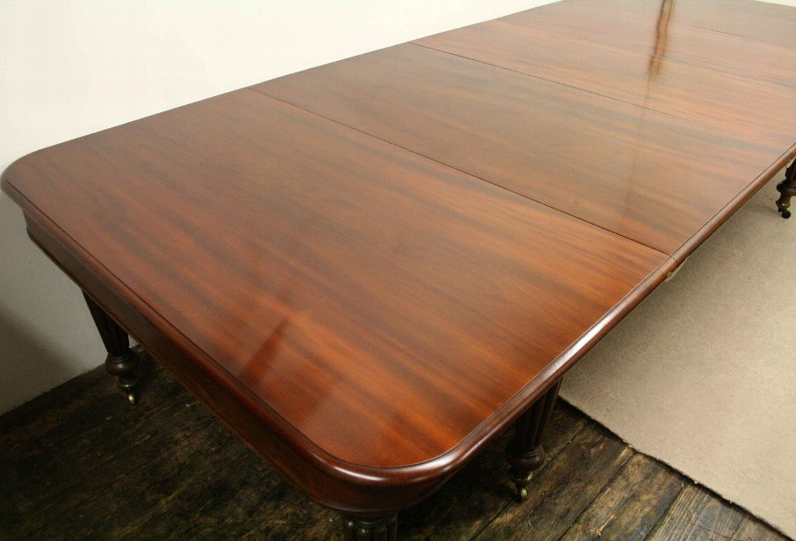 Antique Early Victorian Mahogany Dining Table