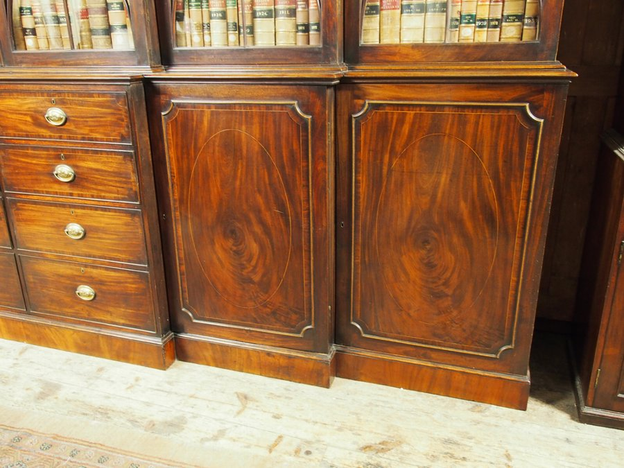 Antique George III Mahogany Double Breakfront Cabinet Bookcase