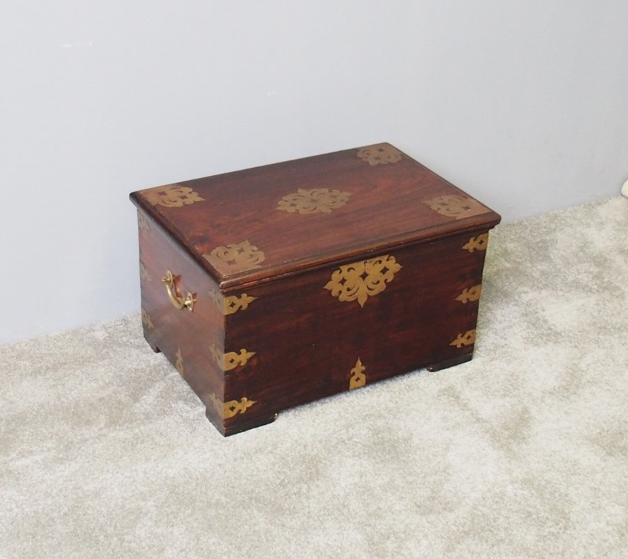 Victorian Indian Rosewood Fitted Trunk
