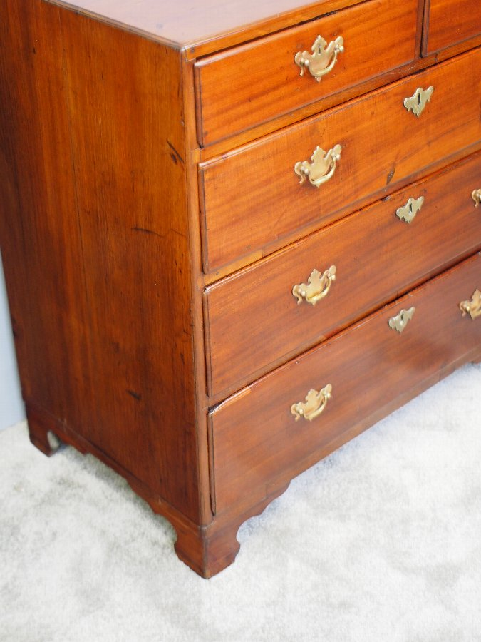 Antique George III Mahogany Chest of Drawers