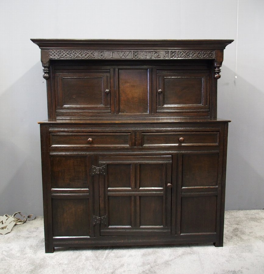 18th Century Northern English Oak Cupboard