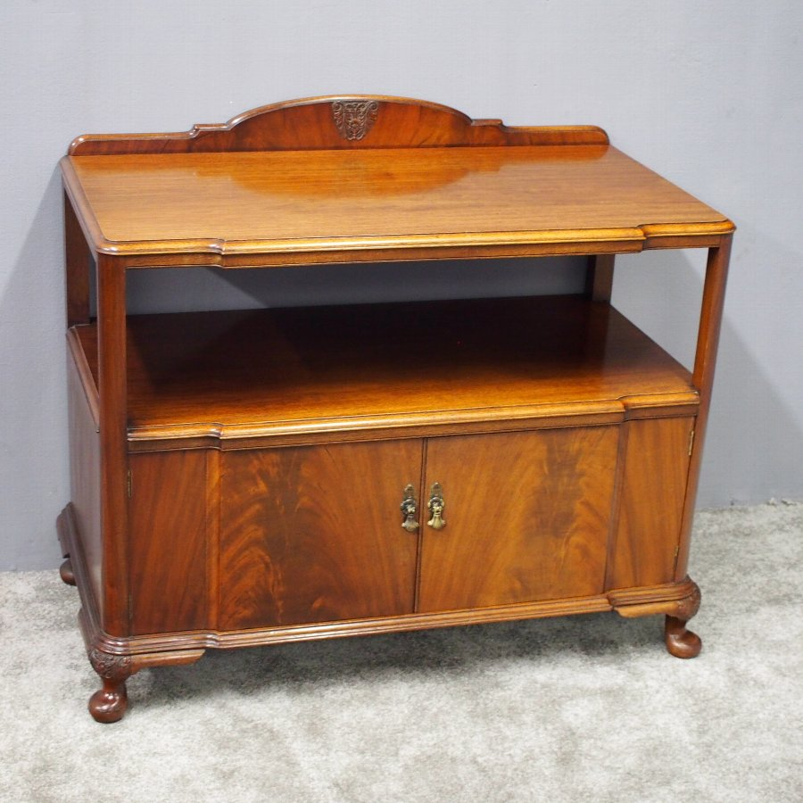 Mahogany Cabinet in the Style of Whytock and Reid