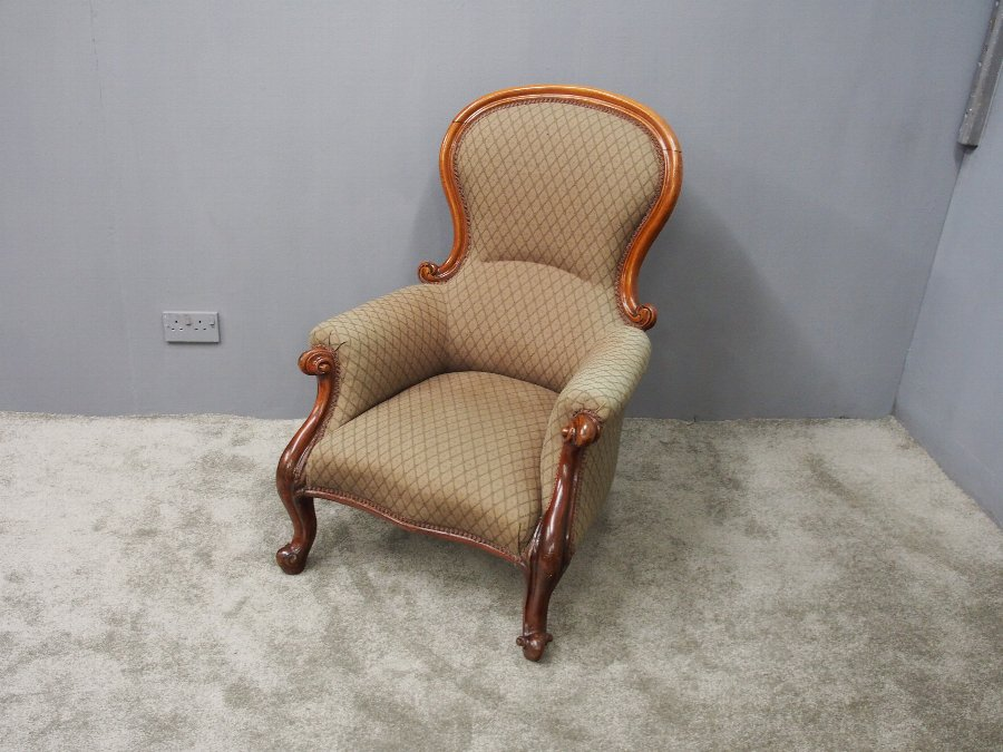 Victorian Mahogany Mens Easy Chair