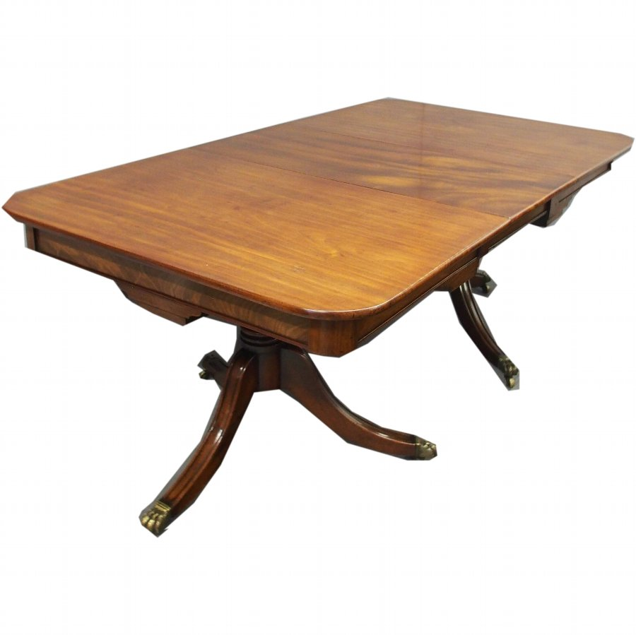 Regency Mahogany Pedestal Dining Table with 1 Leaf