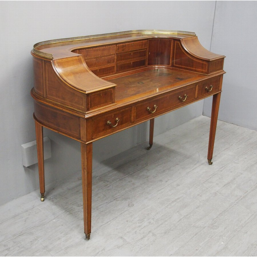 Carlton House Desk by Gillows of Lancaster