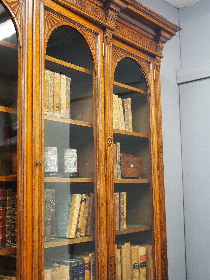 Antique Late Victorian Oak Breakfront Bookcase