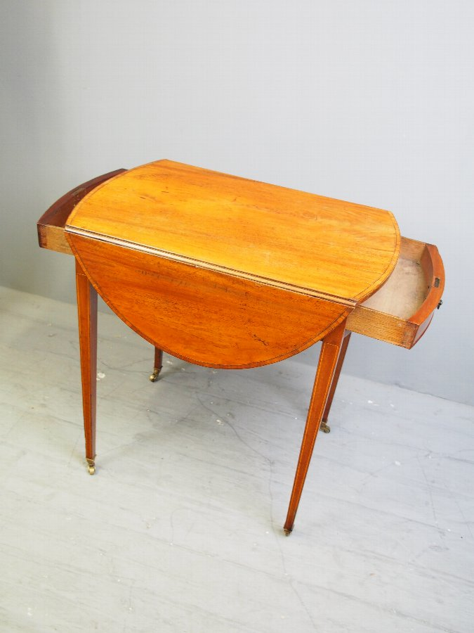Antique George III Inlaid Mahogany Pembroke Table
