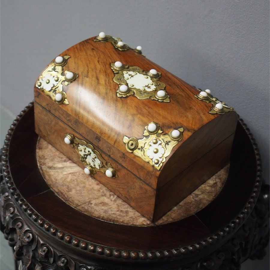 Mid Victorian Walnut Jewellery Box