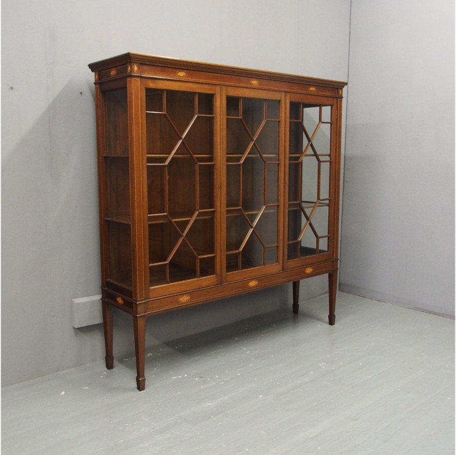 Sheraton Style Inlaid Mahogany Display Cabinet