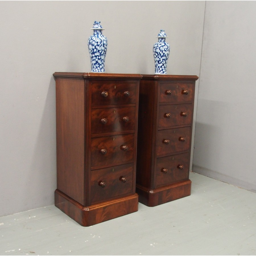 Pair of Victorian Wellington-Style Mahogany Chests or Bedsides