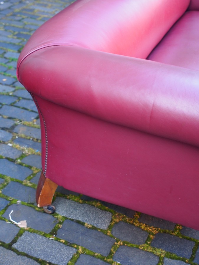 Antique Victorian Burgundy Leather Chesterfield Sofa
