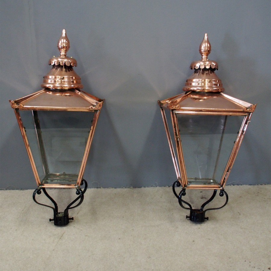 Pair of Edinburgh Street Lamps or Lord Provost Lamps