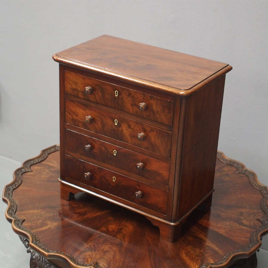 Victorian Mahogany Apprentice Chest of Drawers