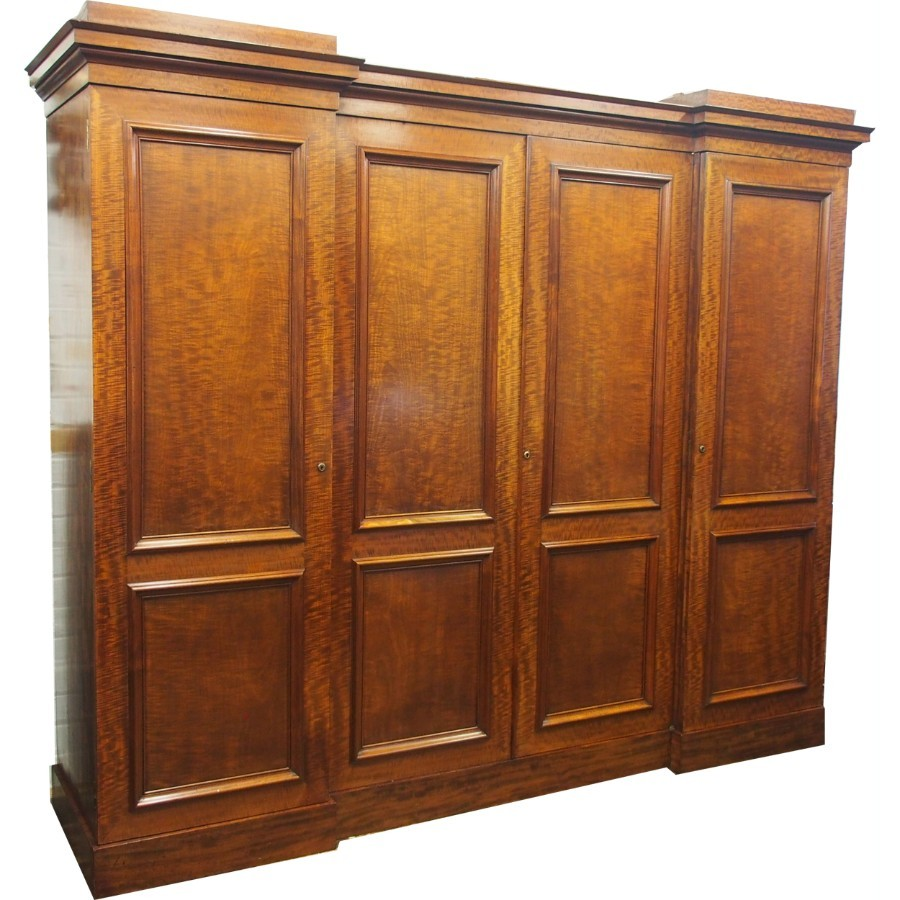 William IV 4 Door Wardrobe