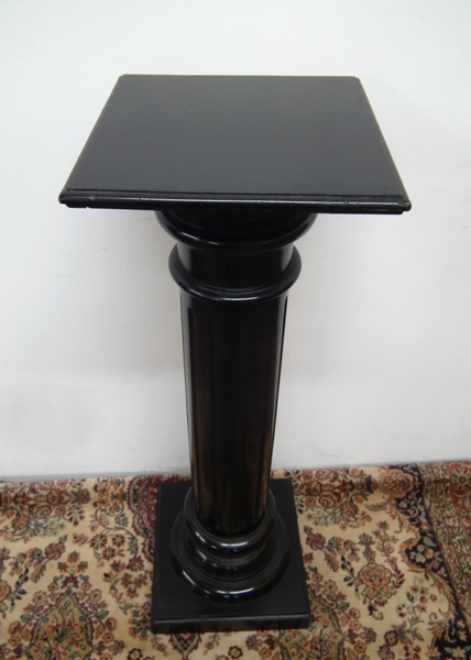 Antique Victorian Ebonised Wood Pedestal
