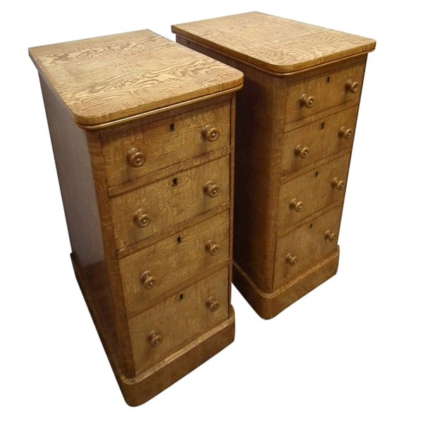 Pair of Victorian Figured Elm Bedside Cabinets