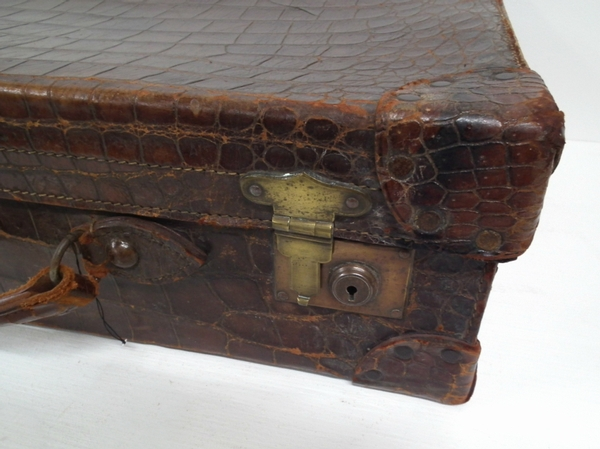 Antique Victorian Neat Sized Crocodile Case